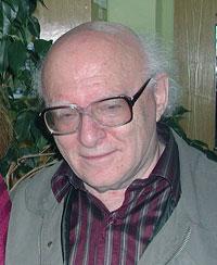 Александр Самойлович Ахиезер